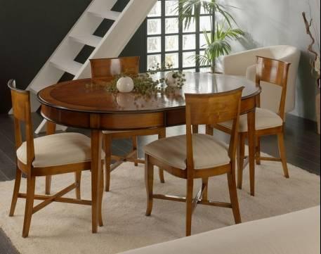 Conjunto de Mesa y Sillas de Comedor en madera de Cerezo Francés y Tilo