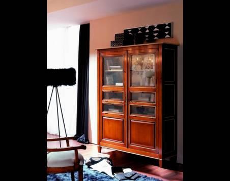Vitrina Modelo Viena elaborada en madera de Cerezo y Tilo