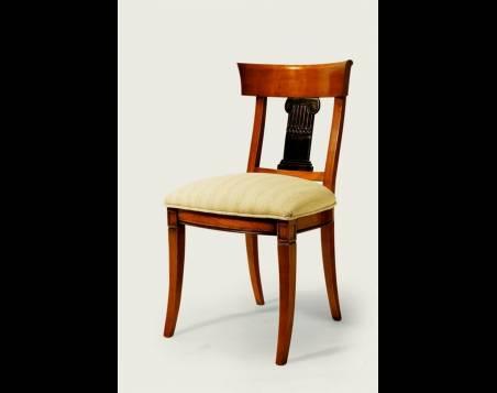 Silla de Comedor Modelo Roma confeccionada en madera de Cerezo Francés