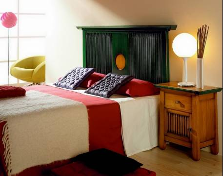 Dormitorio de Matrimonio Modelo Kobe fabricado en madera de Landa maciza