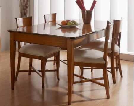 Conjunto Modelo Tívoli 180 de Mesa de Comedor y 4 sillas en madera maciza de Cerezo