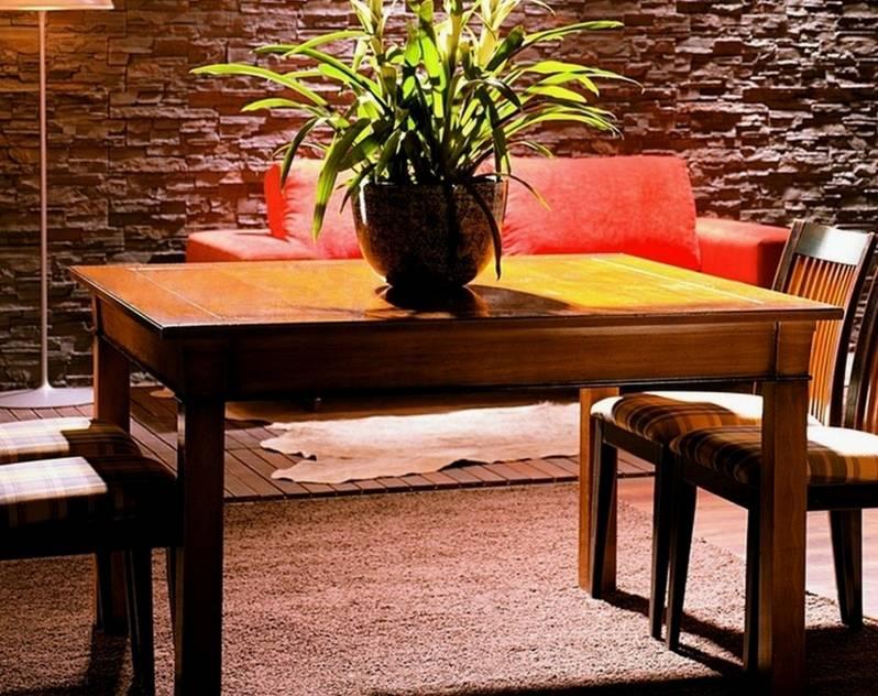 Conjunto de Mesa cuadrada de 130 cm y 4 Sillas de Comedor confeccionadas en madera maciza de Cerezo, Tilo y Haya