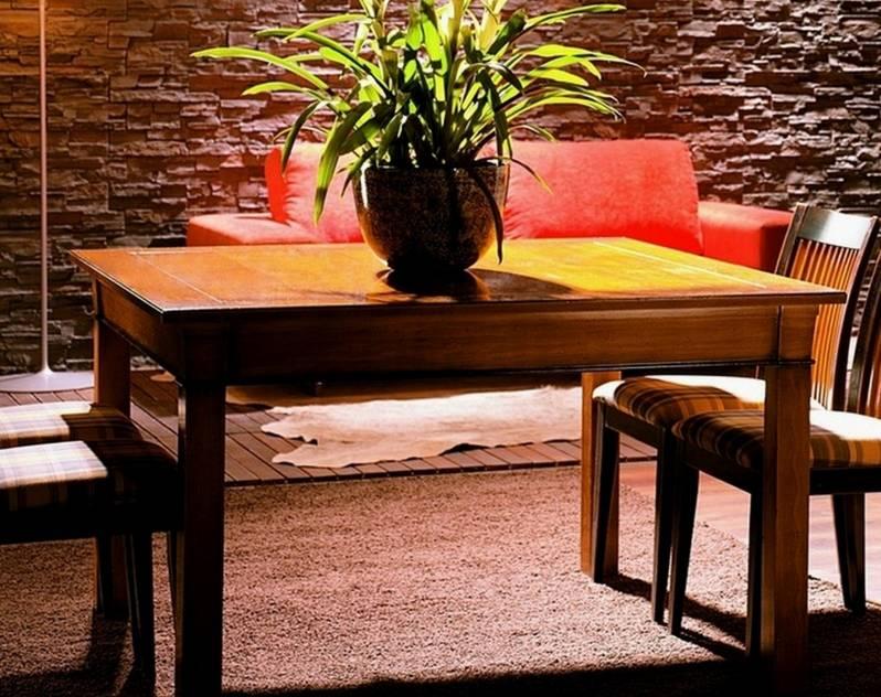 Conjunto Modelo Viena 140 de Mesa de Comedor rectangular y 4 Sillas tapizadas de Cerezo Francés