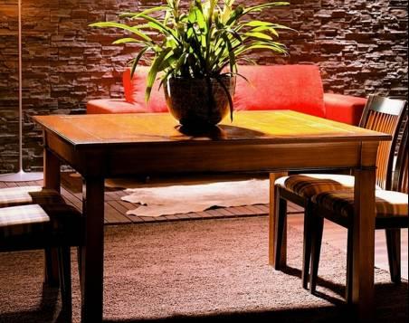 Conjunto de Mesa de Comedor rectangular y 4 Sillas elaboradas en madera maciza de Cerezo, Tilo y Haya