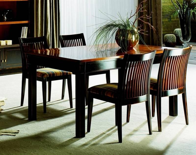Conjunto de Mesa de Comedor y 4 Sillas confeccionadas en madera maciza de Cerezo, Tilo y Haya